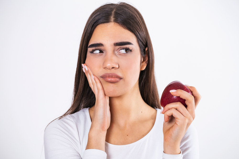 A Guide to Eating After a Tooth Extraction